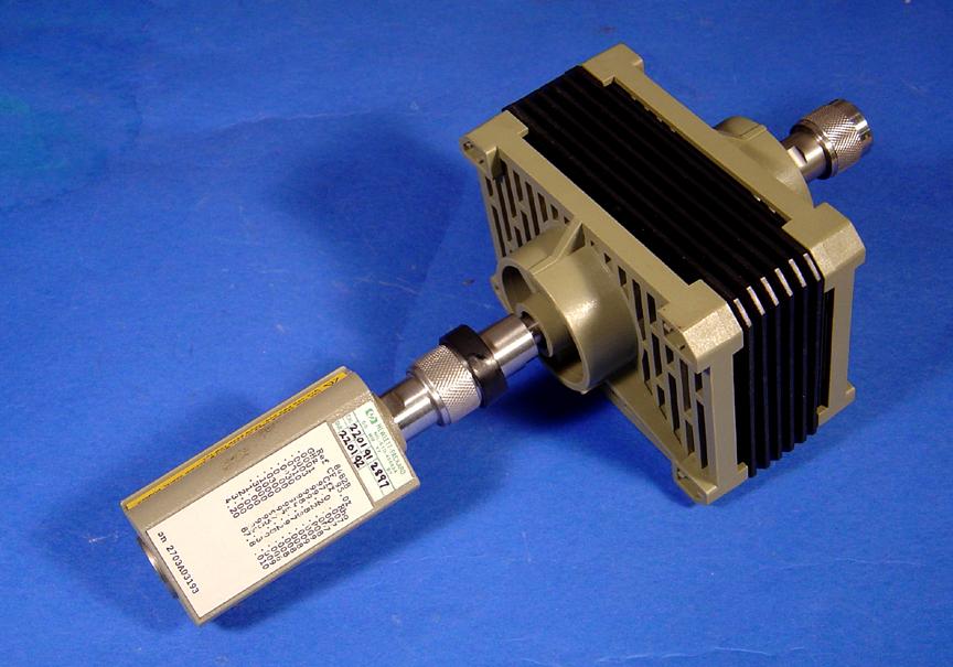 sensor z tłumikiem mocy